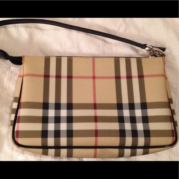 e2add65a6c5 Burberry Handbags - Burberry Nova Check Small Shoulder Handbag